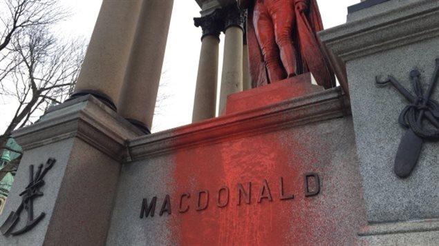 麦克唐纳是150年前加拿大建国时的首任总理
