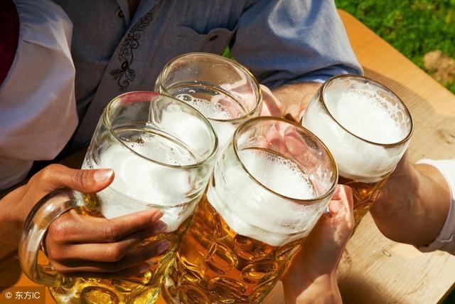 戒不了酒的人看好了:记住三句话,多做3件事,能让肝脏好一些