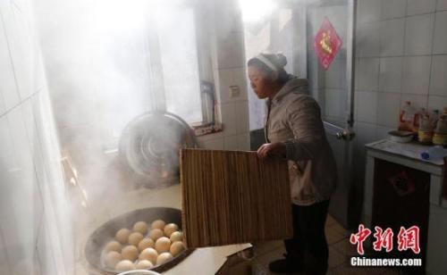中国人每年必吃的这顿饭,承载多少故事与情感?_图1-4