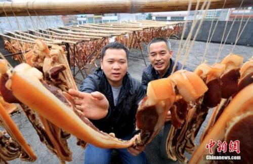 中国人每年必吃的这顿饭,承载多少故事与情感?_图2-2