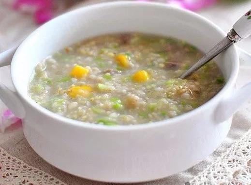春季最佳祛湿,不是薏米、更不是枸杞,5个方法,每天几口就好