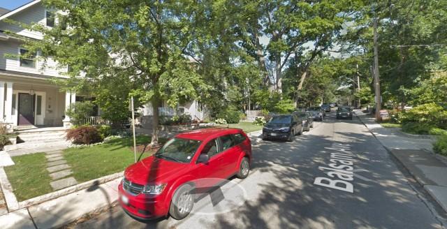 """""""多伦多居民竟被停车位逼疯,自己动手画车位!""""的图片搜索结果"""