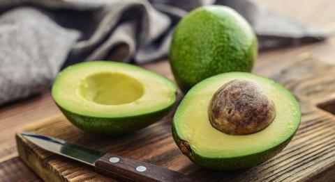 一项研究发现:一天吃一个牛油果,能有效降低人体内有害胆固醇