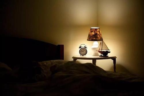 """为什么每天半夜""""自然醒""""?原来是这两处堵住了"""