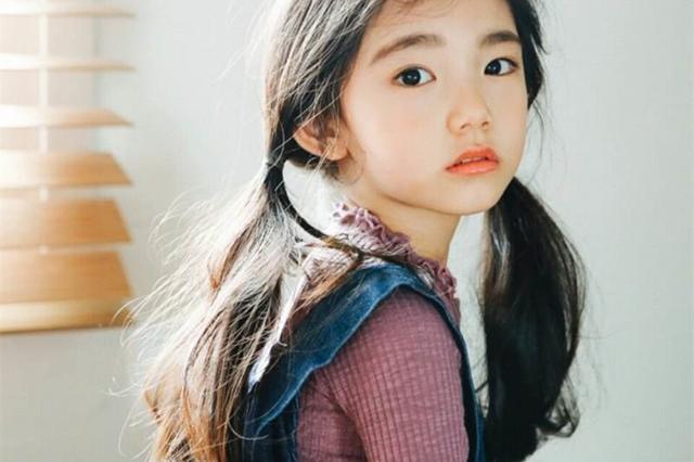 12岁美少女终止发育,全因妈妈财迷心窍,美妆童模到底能走多远?