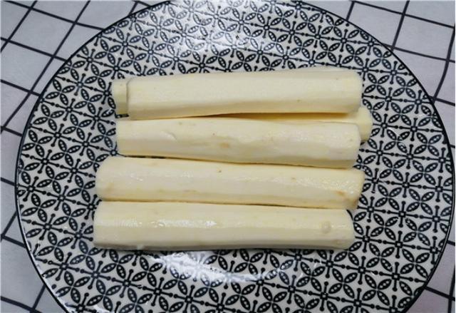 原来山药去皮这么简单,一根筷子就搞定!可惜很多人不懂,都学学