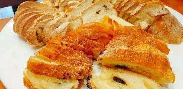 糖尿病人群应该选择馒头还是面包,吃什么对健康最有利?别忽视