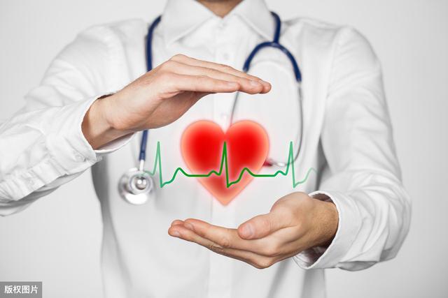 气虚体质差,常用黄芪泡水喝,健脾益肺、降血压血糖,保护心血管
