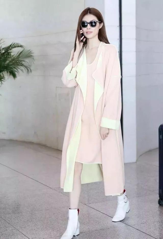 素颜配时尚穿搭也很高级!